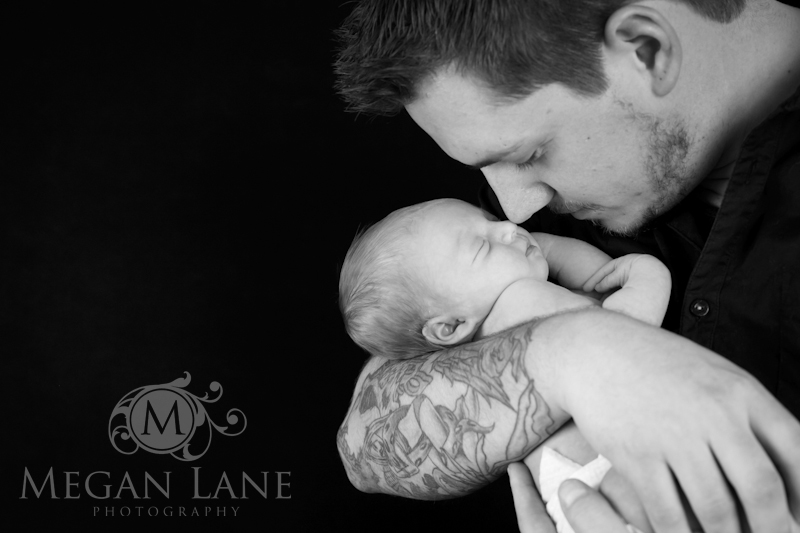Baby h newborn pictures studio with daddy tattoos